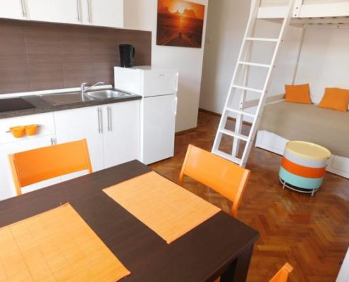 croatia-split-city-center-apartment-living-area