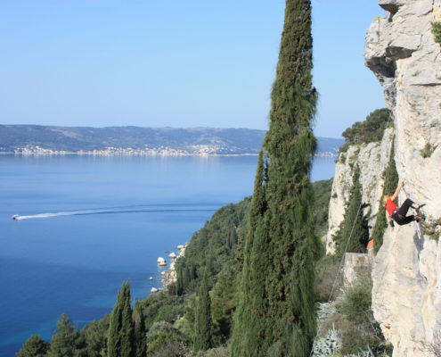 rock-climbing-adventure-travelling-croatia